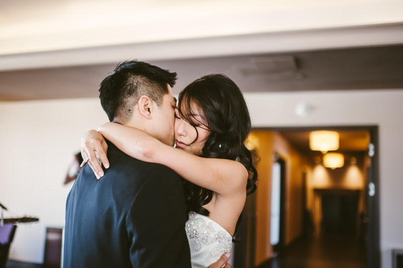 candid wedding photographers in vancouver canada