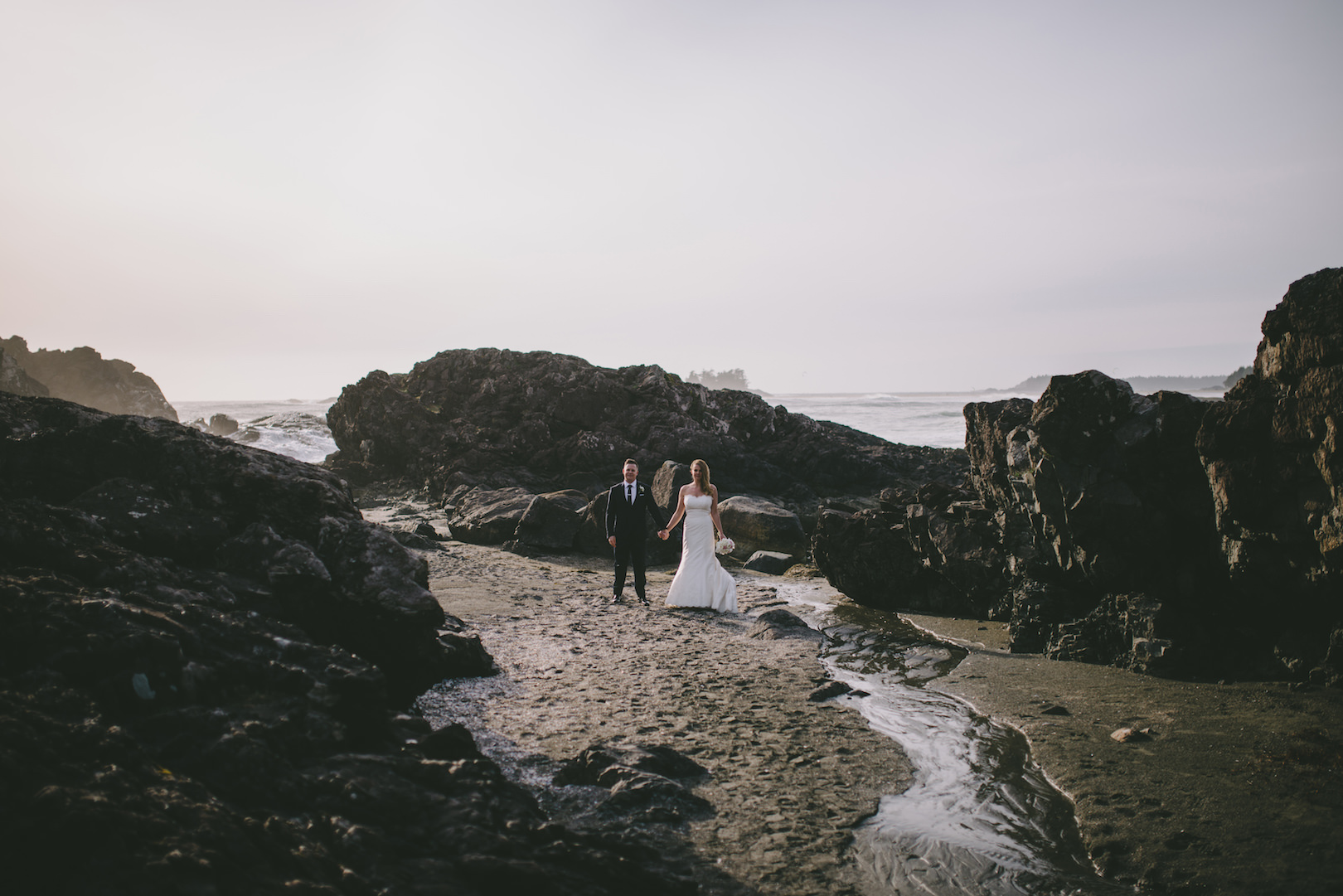 unique Tofino wedding photographers