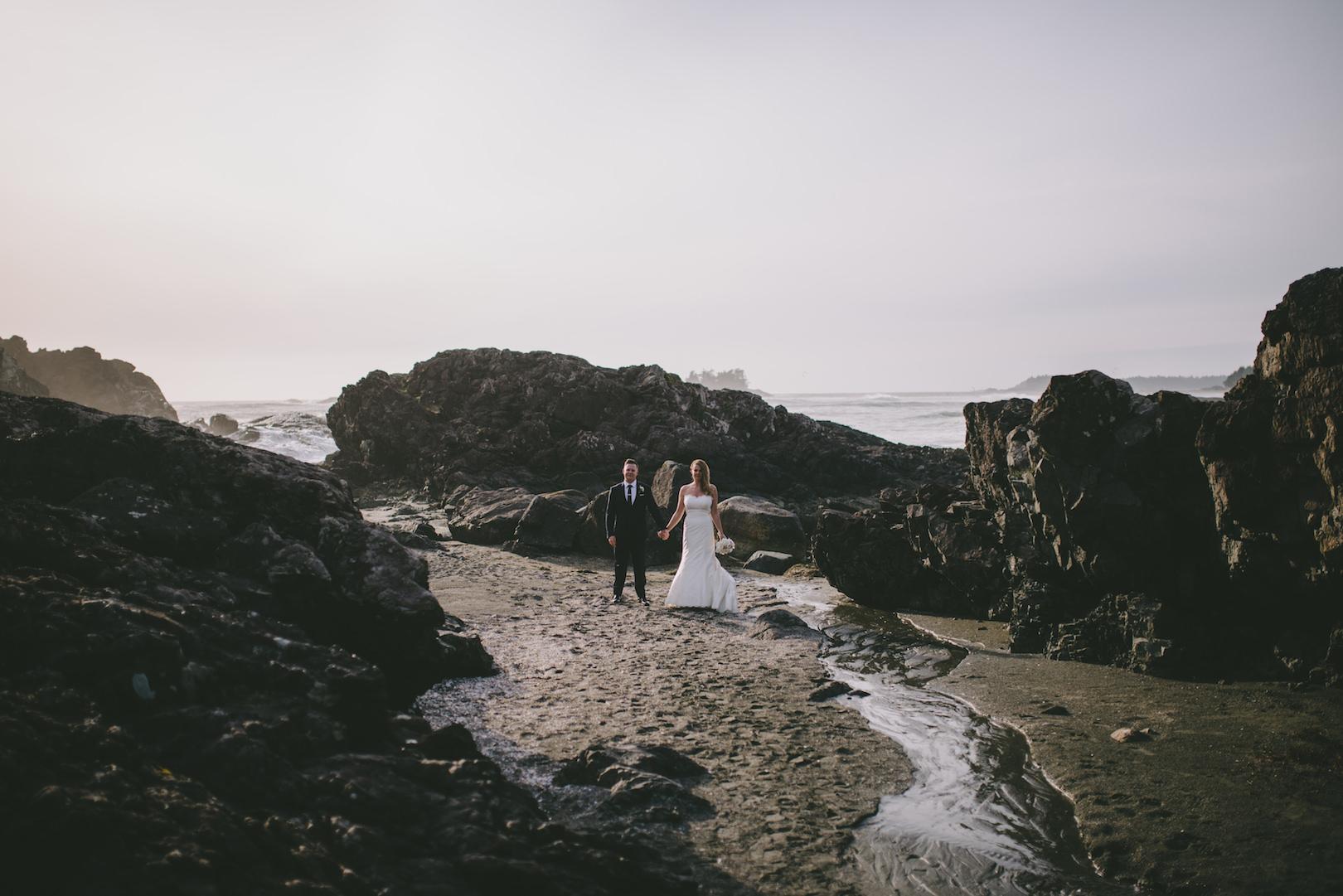 unique Tofino wedding photographers