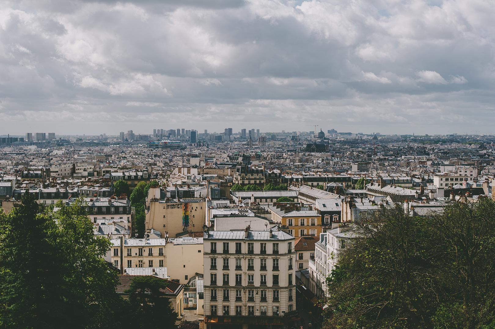 Paris france engagement