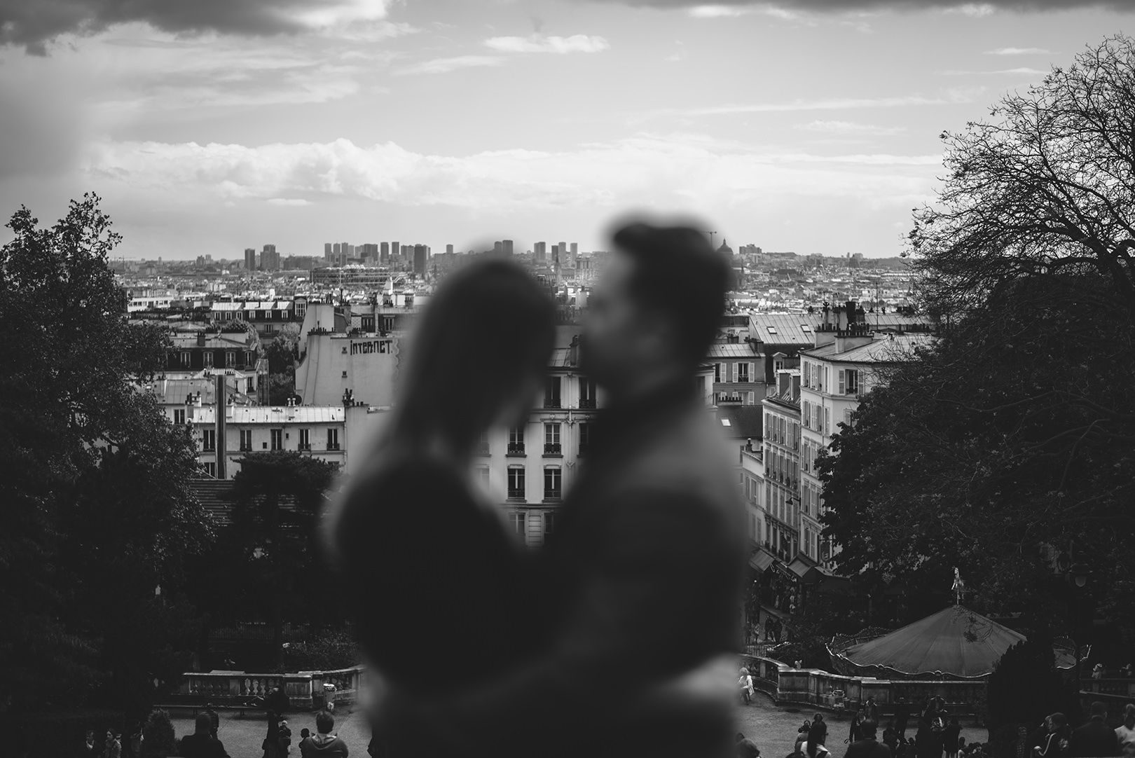 Paris engagement photographer