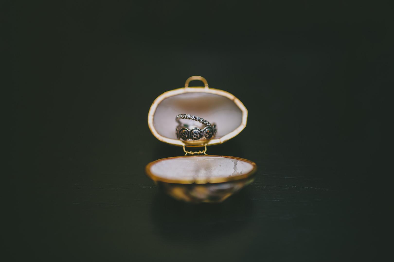 unique wedding bands skulls