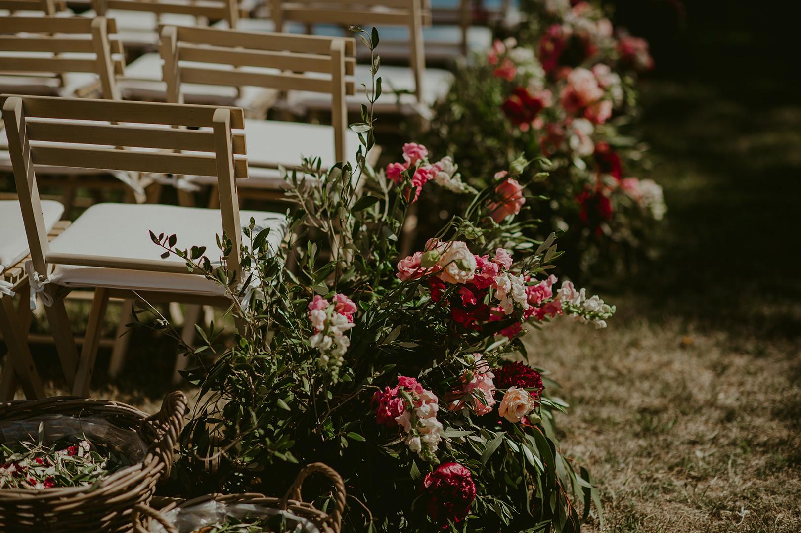 The Original Fleurs Wedding floral arrangement