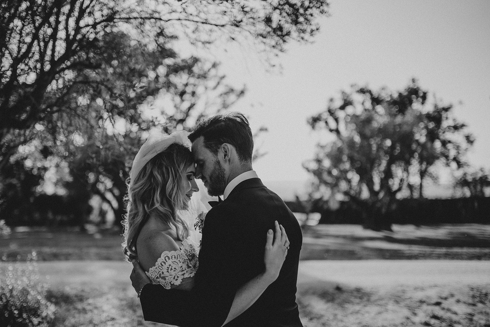Emotive Spanish Wedding photography