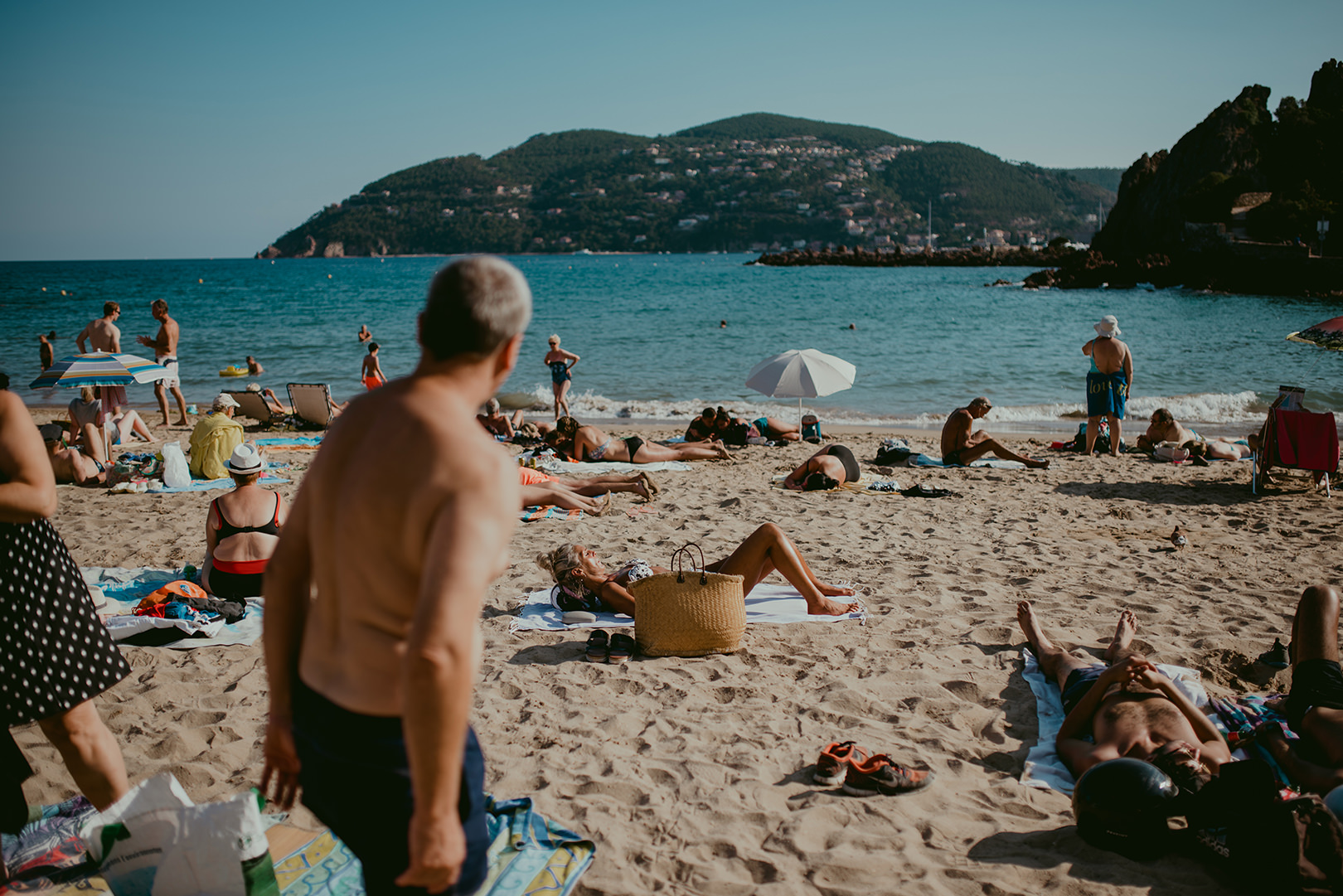 Cannes beaches on the wedding day
