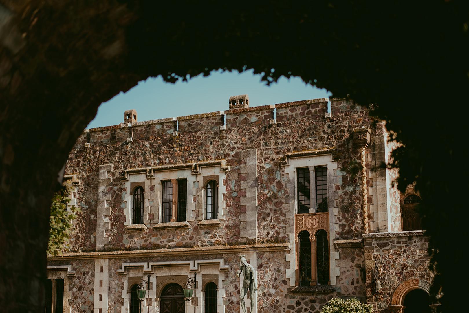 Chateau de la Napoule courtyard