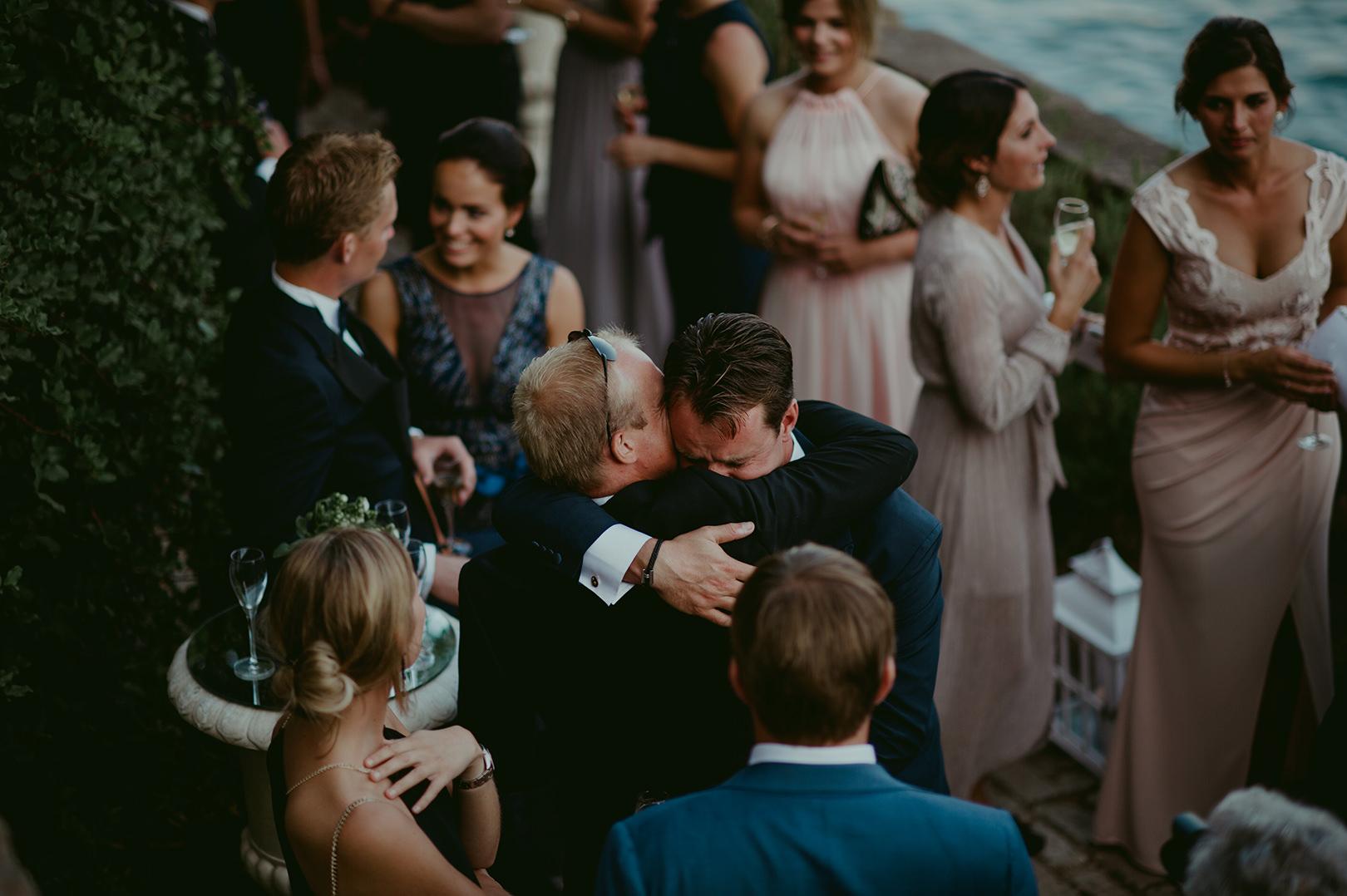 Emotional wedding photography South of France