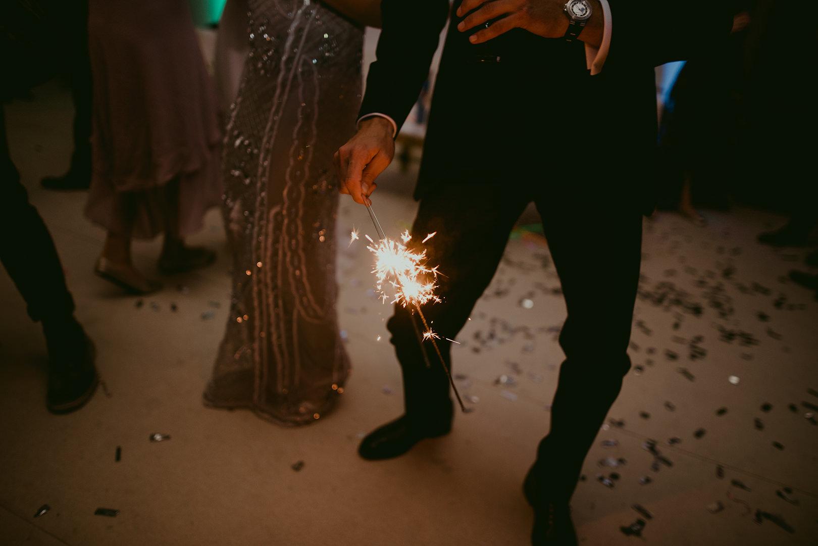 Fun wedding photography at Chateau de la Napoule in Cannes