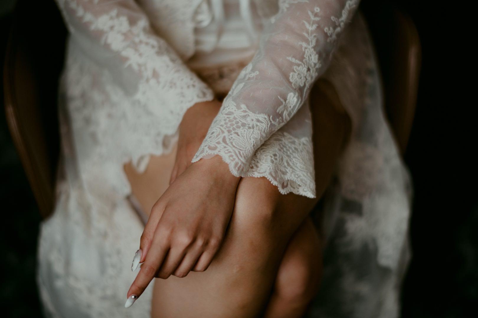beautiful barcelona bridal photography by dallas and sabrina